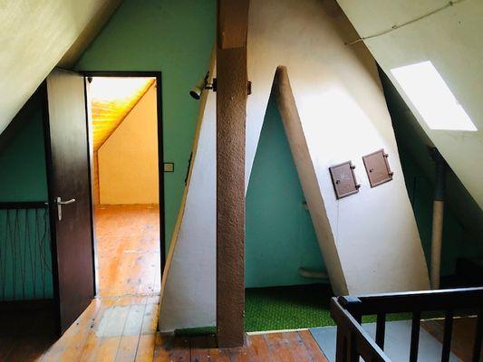 Spitzboden Raum 2