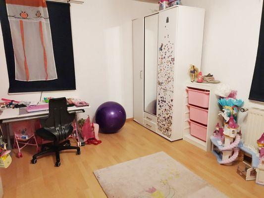 Kinderzimmer 3-Zi-Whg.